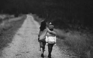 Ly hôn khi có 2 đứa con thủ tục thế nào
